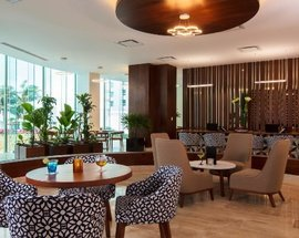 Lobby Altitude by Krystal Grand Punta Cancún All Inclusive -