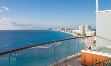 Suíte Altitude by Krystal Grand Punta Cancún All Inclusive -